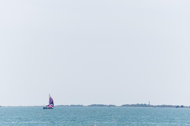 Un barco velero